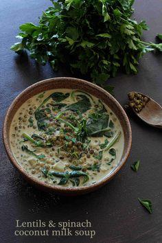Soupe de lentilles aux épinards et lait de coco