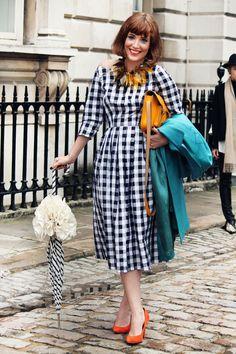 streetstyle vintage dress - Google Search