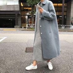 Korean fashion styles 211809988712277158 - Fall Street Style Source by sophieelkus Modest Fashion, Hijab Fashion, Fashion Outfits, Fashion Tips, Fashion Trends, Fashion 2018, Fashion Quiz, Korea Fashion, Fashion Websites
