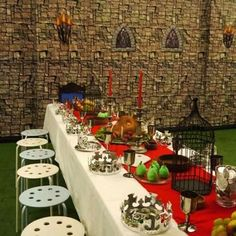medieval kids party theme - WAG