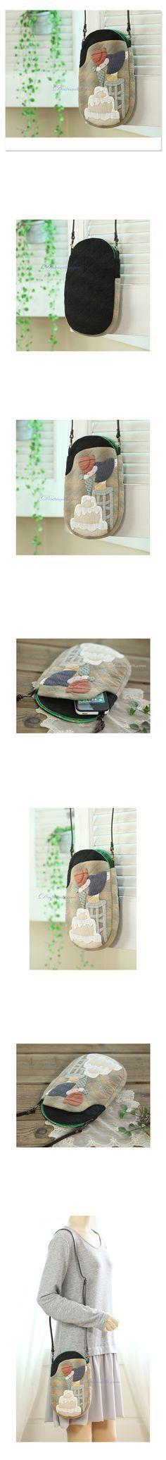 [파티시에 크로스백] Japanese Patchwork, Key Covers, House Quilts, Quilted Bag, Couture, Quilt Patterns, Purses And Bags, Applique, Coin Purse
