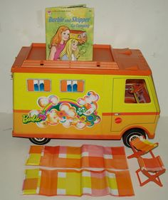Vtg. Barbie 1970 Country Camper w/Accessories & Whitman Book,EXC,GREAT DIORAMA!