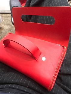 Leather Handbags, Leather Wallet, Leather Bag Pattern, Bag Pattern Free, Summer Handbags, Diy Handbag, Leather Bags Handmade, Leather Projects, Fashion Bags