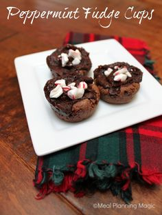 Peppermint Fudge Cups - Meal Planning Magic