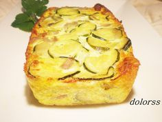 Pastel de calabacín y queso Veggie Recipes Sides, Whole Food Recipes, Vegetarian Recipes, Cooking Recipes, Healthy Recipes, Quiches, Tapas, Cooking Light, International Recipes
