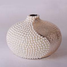 Bottle Painting, Bottle Art, Bottle Crafts, Glass Floor Vase, Pearl Crafts, Decorated Wine Glasses, Mosaic Pots, Cardboard Crafts, Diy Home Crafts