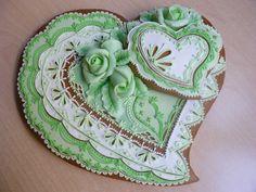Gift Heart on Cake Central