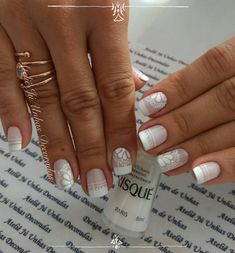 Unhas românticas passo a passo Holiday Nail Designs, Toe Nail Designs, Winter Nail Designs, Holiday Nails, French Tip Nail Art, Mermaid Nails, Finger, Long Acrylic Nails, Classy Nails