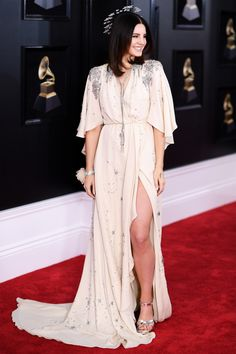 NEW YORK, NY - JANUARY 28: Recording artist Lana Del Rey attends the 60th Annual GRAMMY Awards at Madison Square Garden on January 28, 2018 in New York City. (Photo by Dimitrios Kambouris/Getty Images for NARAS) via @AOL_Lifestyle Read more: https://www.aol.com/article/entertainment/2018/01/28/2018-grammy-awards-red-carpet-arrivals/23345997/?a_dgi=aolshare_pinterest#slide=7226079%23fullscreen