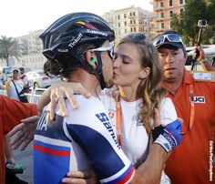Peter Sagan kisses his wife after the finish line Worlds 2016