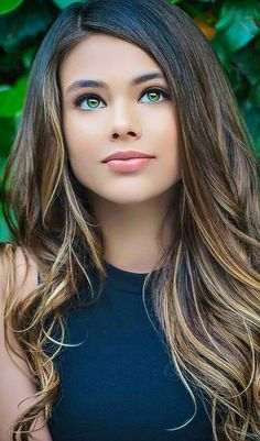 Most Beautiful girls and Sexy Babes! Share the beauty and love. Most Beautiful Faces, Stunning Eyes, Gorgeous Eyes, Pretty Eyes, Gorgeous Women, Beautiful People, Gorgeous Girl, Pretty Woman, Pretty Girls