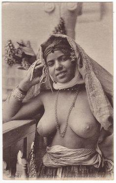 Arabi Nude 88