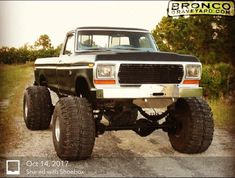 I totally appreciate this color choice for this lifted ford 1979 Ford Truck, Ford 4x4, Ford Pickup Trucks, 4x4 Trucks, Diesel Trucks, Lifted Trucks, Cool Trucks, Dodge Trucks, Ford Bronco