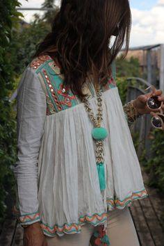 27 New Ideas Moda Boho Ibiza Clothes Source by Fashion outfits Gypsy Style, Boho Gypsy, Hippie Style, Bohemian Style, Boho Chic, My Style, Bohemian Fashion, Boho Hippie, Modern Hippie