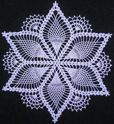 Lindas Toalhinhas em Crochê que Arte Abençoada…❤ Beautiful Crochet Tablecloths that Blessed Art … ❤ You are in the right place about Crochet granny square. Free Crochet Doily Patterns, Crochet Snowflake Pattern, Crochet Motifs, Crochet Snowflakes, Crochet Chart, Thread Crochet, Crochet Designs, Mandala Crochet, Crochet Table Runner