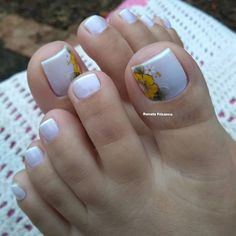 Cute Toe Nails, Cute Toes, Toe Nail Color, Nail Colors, White Toenails, Pretty Pedicures, Smoothies With Almond Milk, Manicure E Pedicure, Sexy Toes