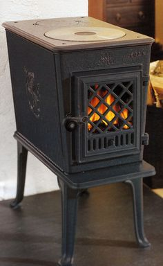Tree Of Life Gas Stove By Avalon Offers Three Sided Fire