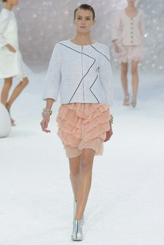 Chanel Spring 2012 Ready-to-Wear Fashion Show - Sigrid Agren (Elite)