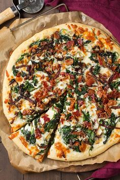 Caramelized Onion, Bacon and Spinach Pizza - Cooking Classy-Are you ready to try a new exciting spin on pizza? I know that I always game seeing as pizza is one of my favorite foods. I will never get tired of it and Casa Pizza, Pizza Hut, Pizza Dough, Pizza Vegetal, Pizza Gourmet, Pizza Food, My Favorite Food, Favorite Recipes, Bacon Pizza