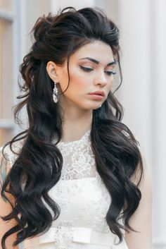 wedding hairstyles for long hair beautiful wedding half updo hairstyles Wedding Half Updo, Wedding Hair Down, Wedding Hair And Makeup, Hair Makeup, Wedding Bride, Wedding Vintage, Half Up Half Down Wedding Hair, Curly Half Up Half Down, Formal Hair Down