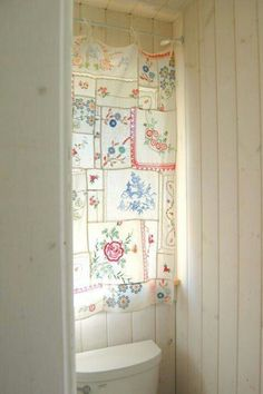 Hankies Curtain, made from vintage handkerchiefs Or--make as a wall hanging, to slow down fading from sunlight