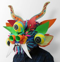 Máscara inspirada en la Diablada de Puno. Masks Art, Diy For Kids, Origami, Projects To Try, Workshop, My Arts, Africa, Cosplay, Costumes