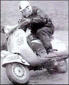 Racing Vespa