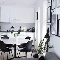New Kitchen White Walls Window Ideas White Wall Decor, Interior, Home, Small Space Inspiration, House Interior, Apartment Decor, Small Apartment Chairs, White Apartment Decor, Interior Design