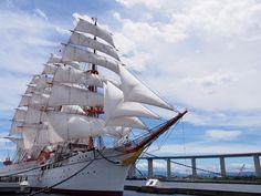 帆船海王丸の雄姿にうっとり♪思わず童心に還っちゃう海王丸パーク
