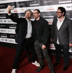 The boys on the red carpet…Sergio Navarretta with Enrico Colantoni and David Cubitt. Red Carpet, David, Relationship, Boys, Modern, Fictional Characters, Enrico Colantoni, Baby Boys, Trendy Tree