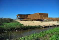 EVOA Centro de Interpretación Ambiental de Maisr Arquitetos en Xira, Portugal