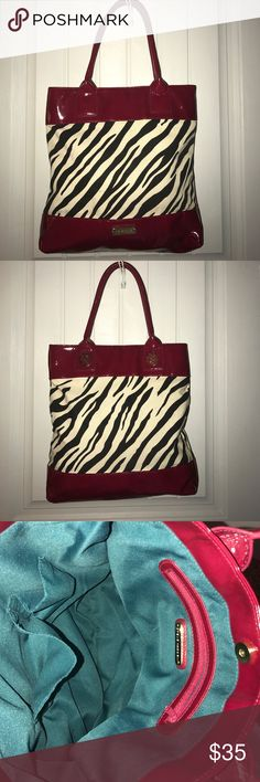 Steve Madden tote excellent condition!!! Cute Steve Madden tote!!! Actually matches a dress and heels I have listed!!!! Steve Madden Bags Totes