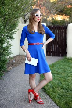 red white and blue outfit - July 4th outfit : get the outfit details here http://www.dressesanddenim.com/casual-summer-dress/