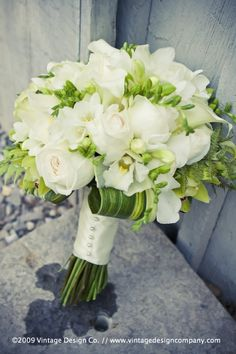 white and lime green bouquets...for the entire bridal party
