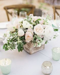 In love with this dreamy arrangement by the very talented @sweetmariedesigns ! This beautiful #thevillasanjuancapistrano #wedding is now live on @smpweddings -->>link in profile! Congrats again @leslieeheintz and Charlie! Big thanks to all the vendors! Hair and makeup: @1011makeup Venue: @thevillasanjuancapistrano Dress: @moniquelhuillier Flowers: @sweetmariedesigns Cinematography: @loveandyouvideo Furniture+linen: @sigpartyrentals #komanphotography #thevillasanjuancapistrano #smpwed...