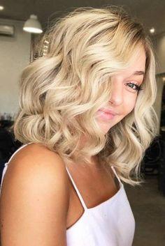 Lob Haircut Trend: 63 On-Trend Long Bob Haircuts & Hairstyles to Inspire Long Bob Haircuts, Long Bob Hairstyles, Trendy Hairstyles, Bride Hairstyles, Blonde Streaks, Blonder Bob, Lob Haircut, Hair Color For Women, Trending Haircuts