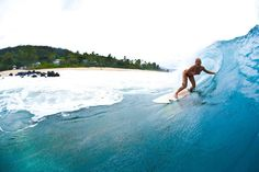 Waking up everyday and counting my blessings! #surfing #tatiwest #kauai