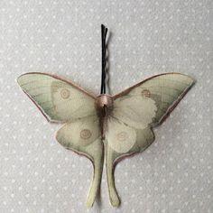 Soft - Molletta per Capelli con Farfalle in Cotone Bio e Organza di Seta - Actias Luna (Luna Moth) - 1 pezzo by TheButterfliesShop on Etsy