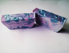 Cold process soap made with essential oils lavender, Clary sage and violet. #coldprocesssoap #essentialoils #lavender #clarysage #violet #purple #blue #handmadesoap