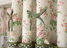 window coverings curtains of Floral and Polka Dot Printed Patterns with Lace Country Kitchen Tables, French Country Kitchens, French Country Style, French Country Decorating, Beautiful Curtains, Floral Curtains, Polka Dot Print, Window Coverings, Living Room Designs