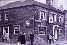 The Unicorn on Victoria Street before it was demolished in 1970.