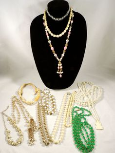 MIX LOT VINTAGE JEWELRY BEADS CARVED BONE CRYSTAL FAUX PEARL NECKLACES