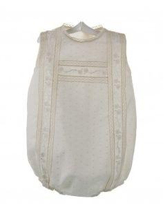 403c08585 Comprar ropa artesanal de bebé para bautizo y ceremonia Peques y bebes -  Peques y Bebes