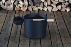 KOLO spreads Finnish sauna culture all over the world, one bucket and ladle at a time ~ Sauna from Finland Traditional Saunas, Sauna Design, Finnish Sauna, Bath Brushes, Nordic Design, Things To Buy, Colorful Interiors, Lighting Design, Interior Decorating