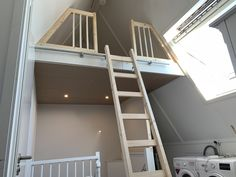 Happy New Home, Attic Closet, Attic Rooms, Room Ideas Bedroom, Kidsroom, Interior Inspiration, Bungalow, New Homes, Loft
