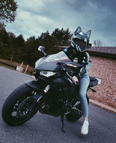 Cat Ear Motorcycle Helmet: Rubber Accessory by HelmetUpgrades Motorcycle Icon, Womens Motorcycle Helmets, Motorbike Girl, Motorcycle Girls, Lady Biker, Biker Girl, Motorcycle Couple Pictures, Ducati Monster Custom, Bike Photoshoot