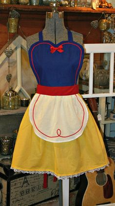 SNOW WHITE Costume full APRON for Women. Disney Princess Inspired Party Hostess Bridal Birthday Gift.