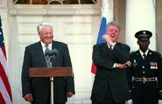 Boris Eltsine & Bill Clinton, ayant un mémorable fou rire, le 24 Octobre 1995.