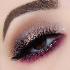 Holiday look perfection with this look by @rachelkarinabeauty and our #PixieLuxeLashes!