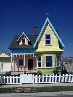 "Some crazy folks in Utah built a replica of Carl and Ellie's home from Up! The lame part is that when the parade of homes is over, they have to repaint it to ""normal"" colors and remove the picket fence. What a shame.  #disney #Pixar #up"
